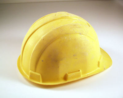 safety helmet, crash helmet, construction helmet